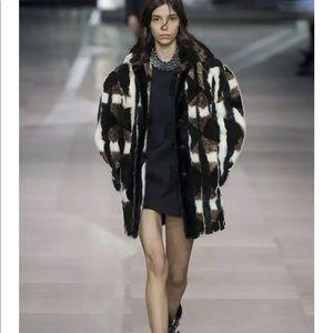 Beautiful Geometric Fur Jacket / Coat -Vintage S/M